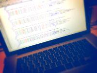 【WordPress】ブログのシングルページとその他ページの「h1」タグを見直してみました!