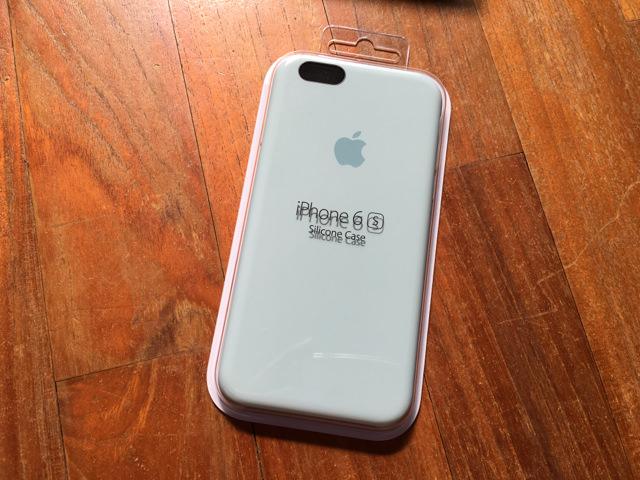 iPhone6s用Apple純正シリコーンケースのターコイズのレビュー