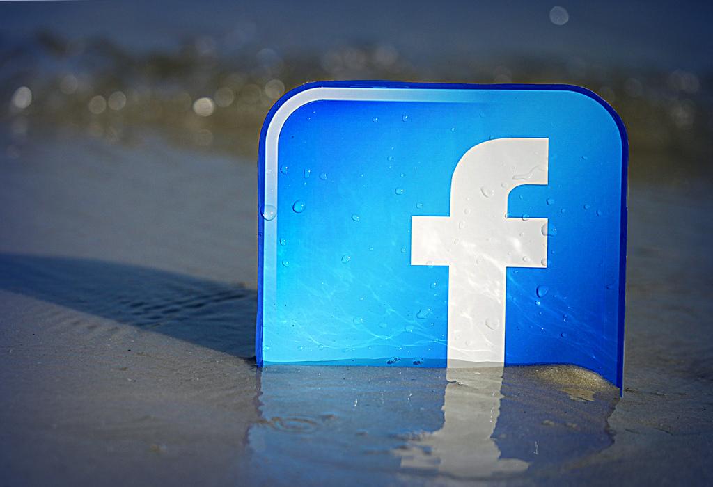 FacebookのiOSアプリは、iPhoneの電池を消耗させる?