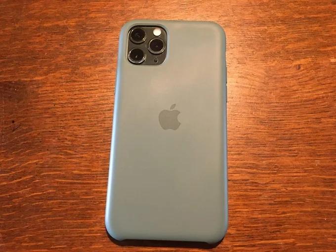 Apple純正 iPhone11Pro シリコーンケース2